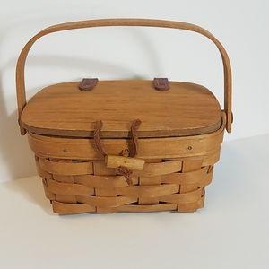Longaberger Lidded basket purse leather trim